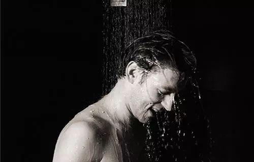 夏天千万别这样洗澡,有人因此丧命!一定要注意