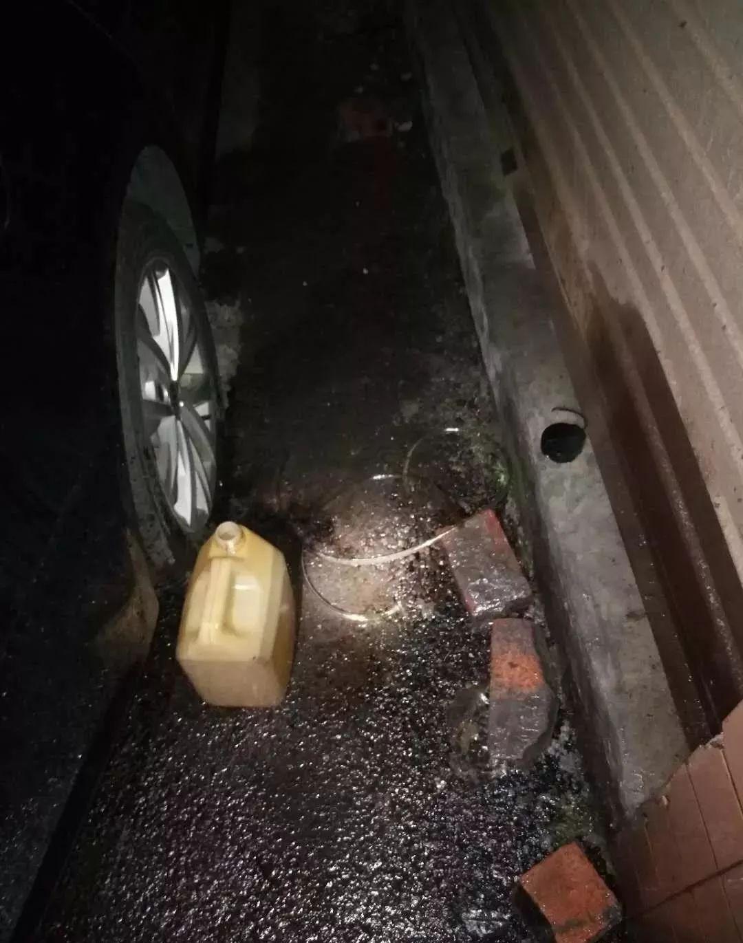 泸州男子用吸管偷油,被警方拘留10天