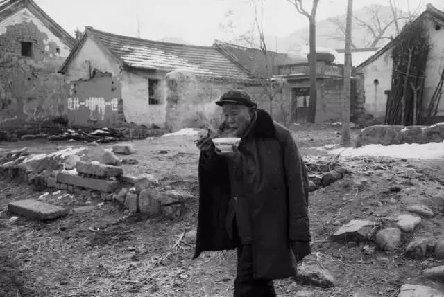 30年前农村吃饭老照片