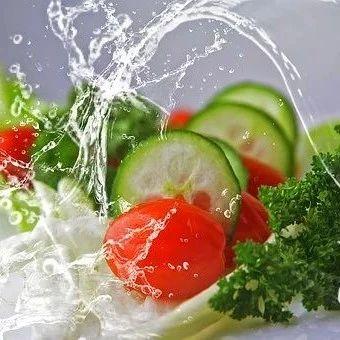 洗菜千万别这样洗,当心越洗越脏,还丢了营养!太多人中招