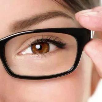 眼�R越戴度�翟礁撸�戴久了眼睛����形?淮�I人快看�K于有答案了…