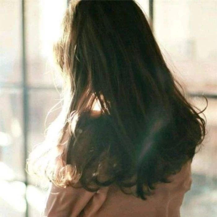 20岁女子患这种病,医生痛心:一辈子都治不好!这个坏习惯很多人都有