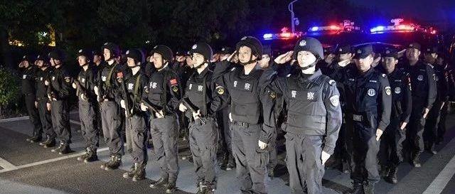 霍邱警方凌晨出动近二十人,只为你【附现场视频】