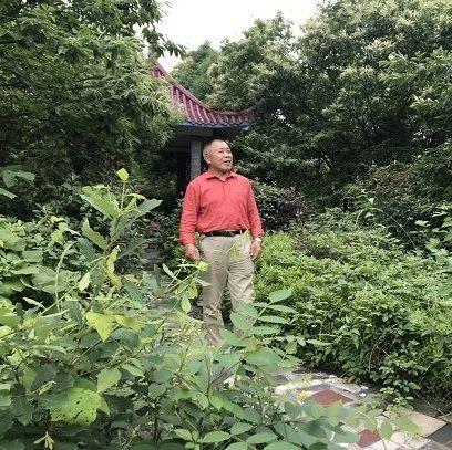 """这位萍乡大爷特别""""爱管闲事?#20445;?#21364;有很多人为他点赞,因为..."""