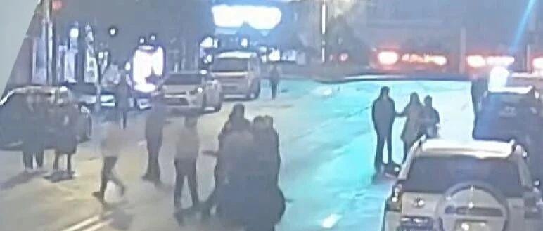 监控实拍!镇雄街头火拼视频画面首次公布!