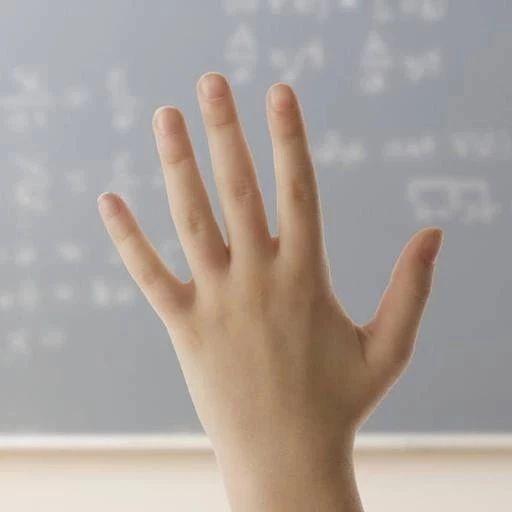 每天举手30次,吃得好睡得好,气色红润人不老!