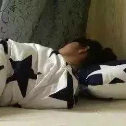 这样睡觉,堪比走路1万步!不知道就亏大了!