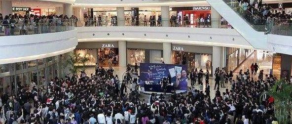 YB亚博体育网页版登录一场活动引来3万多人围观,掀起一阵热潮......