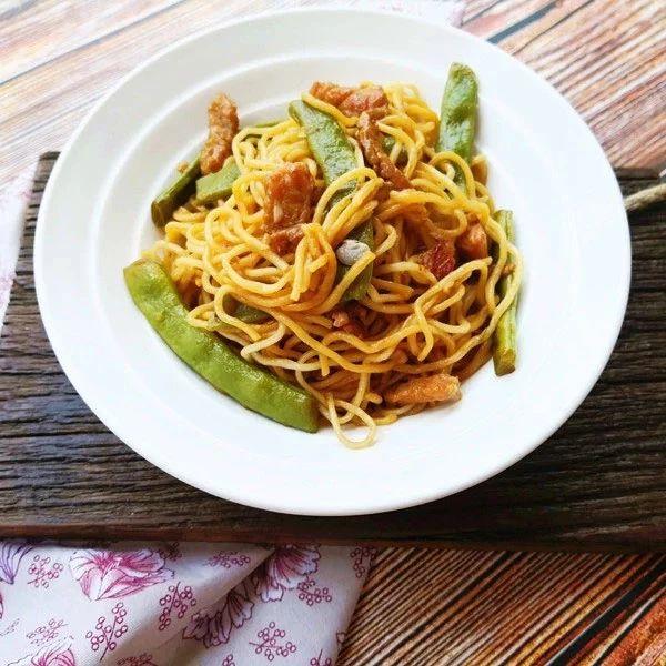 豆角焖面:饭菜一锅出,每次都能吃到撑
