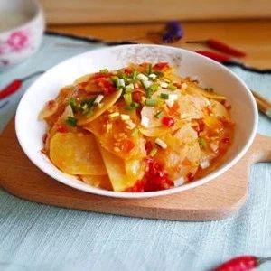 泡椒土豆片:酸辣解腻,挑逗味蕾没商量