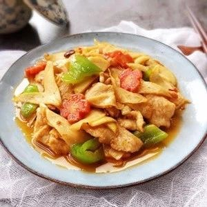 茭白炒肉:鲜嫩适口,好吃下饭,5分钟就能端上桌