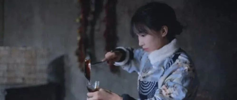 央视:李子柒海外走红:没有热爱读不懂李子柒