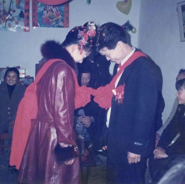 20年前的婚礼场面,山阳很多年轻人都没再见过...