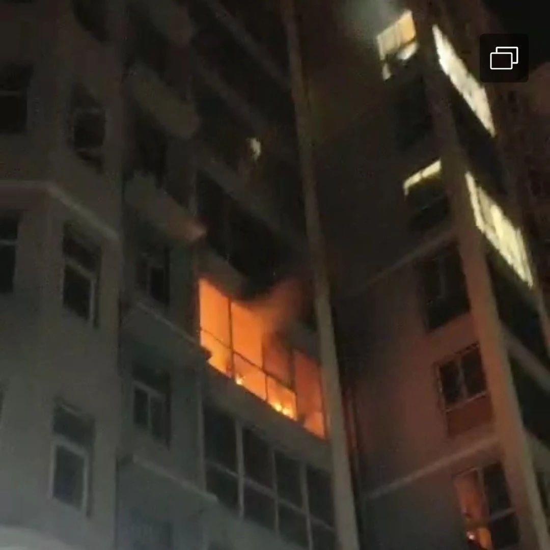 网友反映汝州飞亚飞小区发生火灾,没消防设施?官方回复!