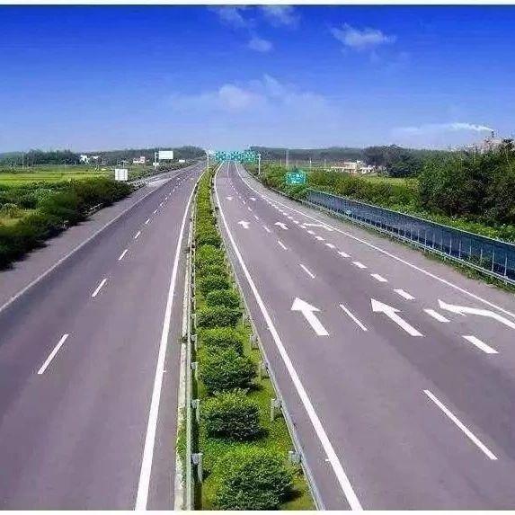 驾驶员注意!11月下旬,内宜等省内多条高速公路有施工!