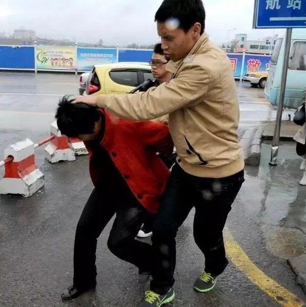 威尼斯人注册辛店一5岁女童被拐走,幸亏出租车司机及时报警!