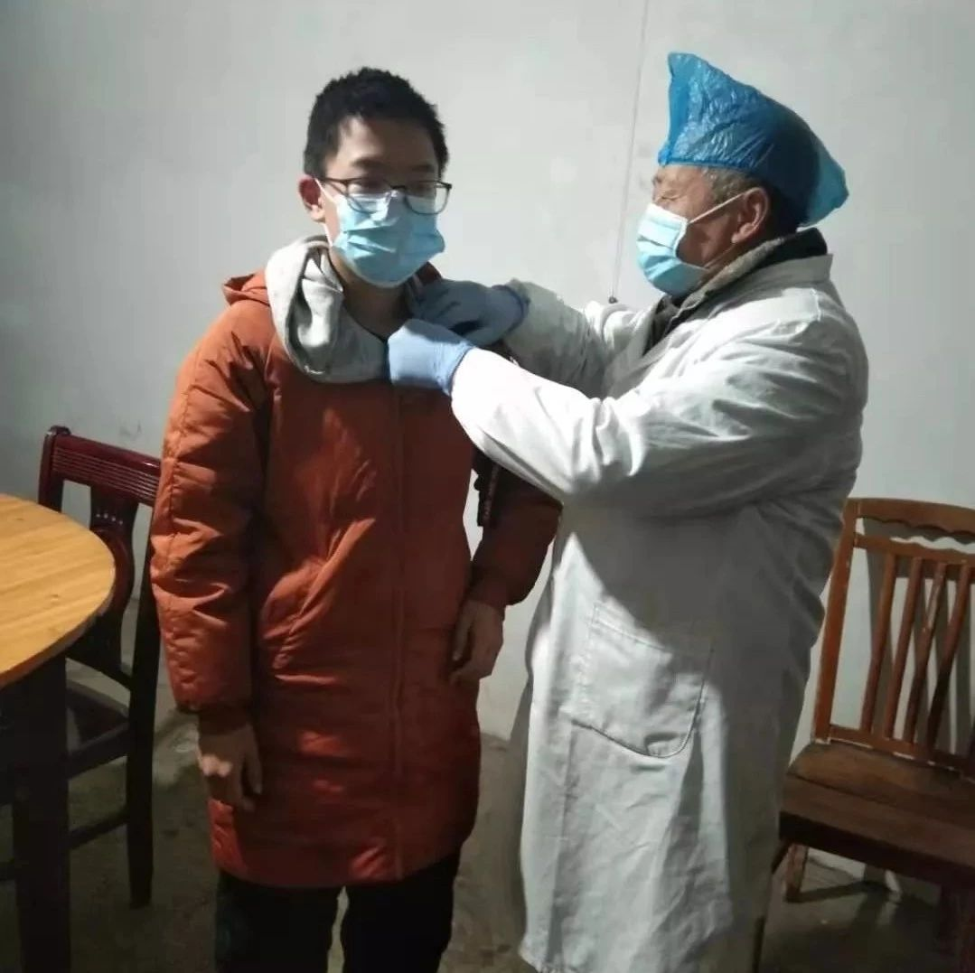 湖口68岁老村医坚守在抗疫一线,为他点赞!