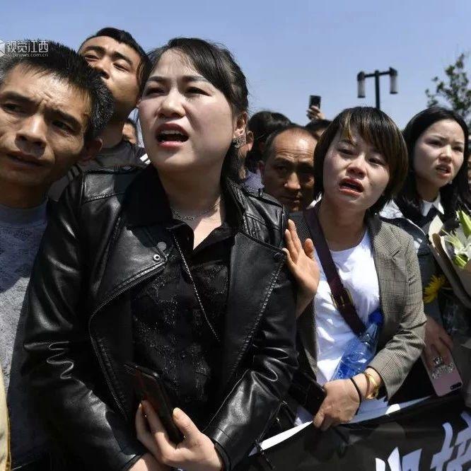 昨天,江西上万人接英雄回家!场面催泪!