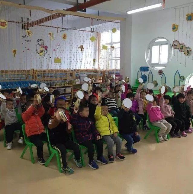 【班级看点】小三班:我和乐器宝宝做游戏