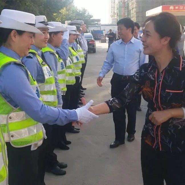 bwin必赢手机版官网市总工会慰问奋斗在一线的公安干警