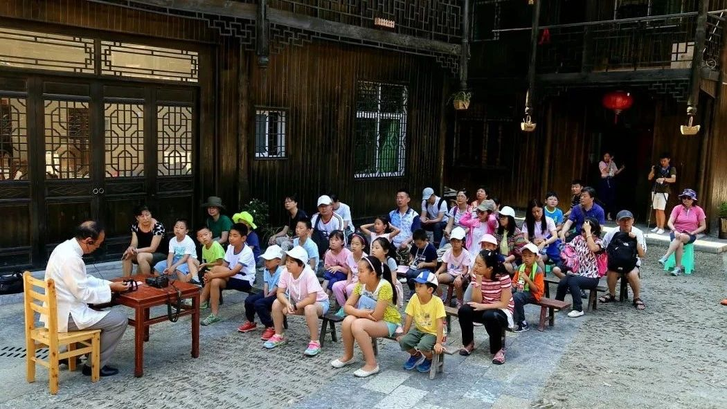 公益夏令营走进黔江,让孩子们看见不一样的世界!