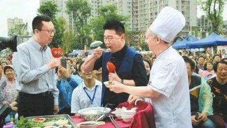 一碗豆花饭,成就百亿产值!富顺豆花正在走向世界餐桌......
