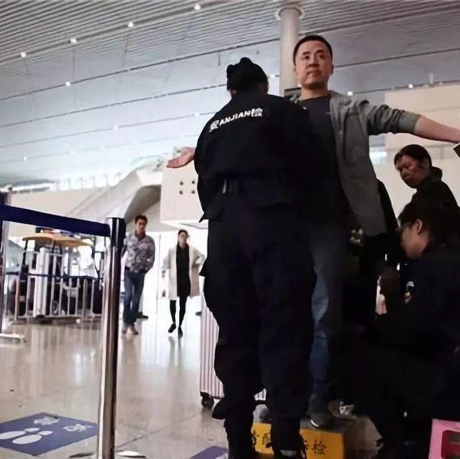 襄阳人注意!近期坐火车到武汉!务必提前1小时进站…