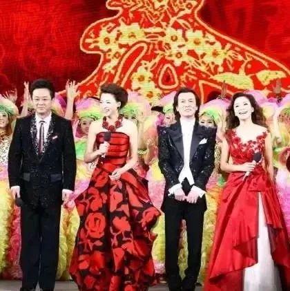 50、60、70、80年代春节老照片,简单而珍贵的年味!