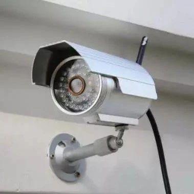 威宁一男子夜间行窃被监控全程记录被判六个月罚款一千元!