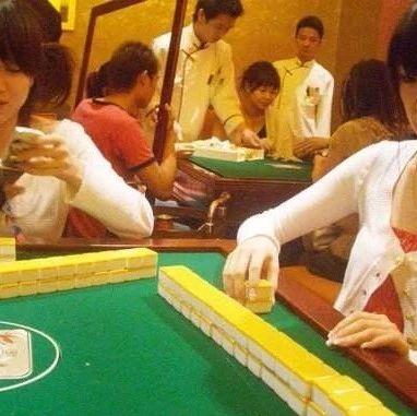 萍乡:漂亮妻子爱打麻将,丈夫?#28304;?#25345;刀怒捅麻友...