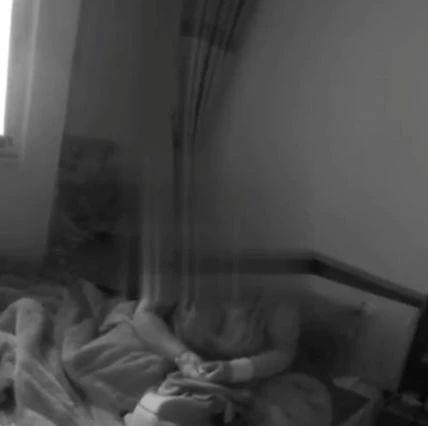 内江一女子割腕,照片发给朋友。警察接报心急如焚――