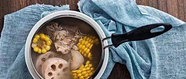 排骨汤别再放玉米了,加点它比人参都养人!