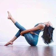补肾护腰瑜伽动作,女人的腰好,才是真的好!