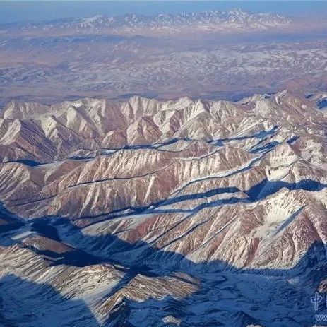 【航拍】白雪皑皑祁连山雄浑壮美