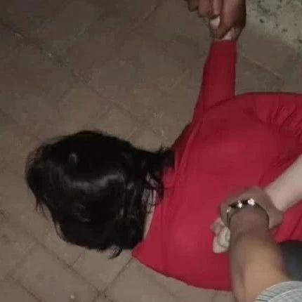 大港外国语滨海校区,一男子扮女装混入女澡堂半小时后被抓