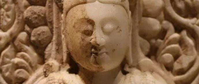 曲�修德寺�z址出土的�h白玉造像(三)