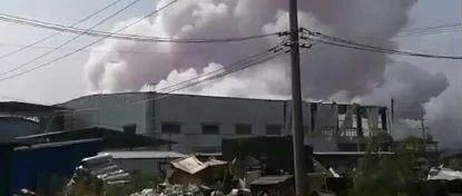 刚刚!玉林一化工厂发生爆炸!已致4人死亡!(现场视频)