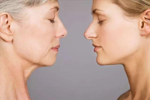 你的衰老不只在脸上!这9个信号说明你真的老了