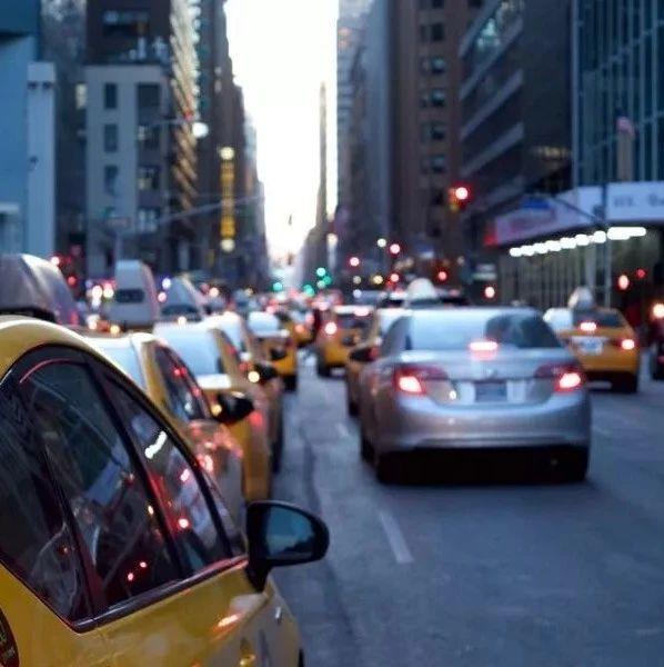 交通违法,市民拍照举报可作处罚证据!公安部拟推新规