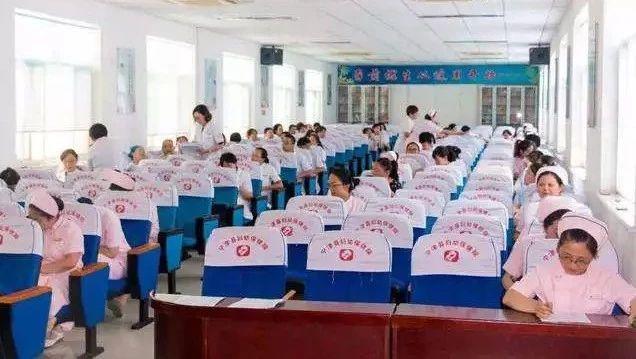 奉节县卫计委公开遴选医疗卫生工作人员52名
