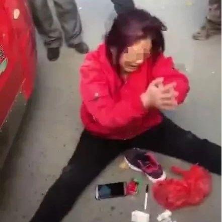 刷爆朋友圈!人贩子吉林街头光天化日之下抢小孩?被抓后装疯卖傻…
