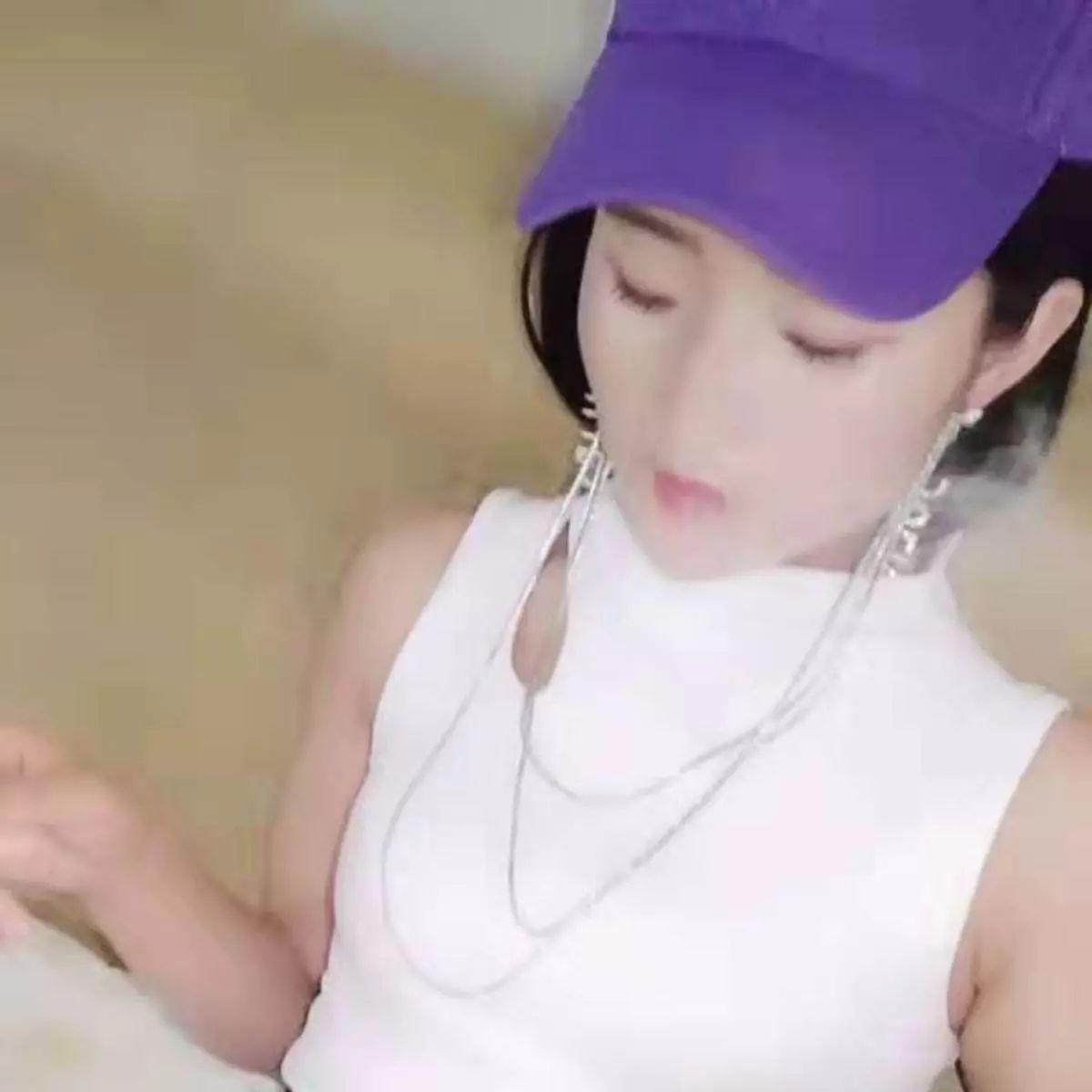 【南溪城缘】喜欢听音乐爱好健身的美女雯雯:在一起,不离开!