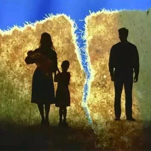 心累!宜宾男子带妹妹出去旅游,留下妻子在家看娃,该离婚吗?