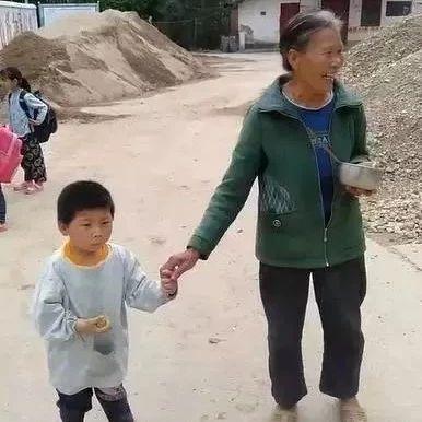 暖心!岭背这个村幼童、老人走失,警民合力找回!