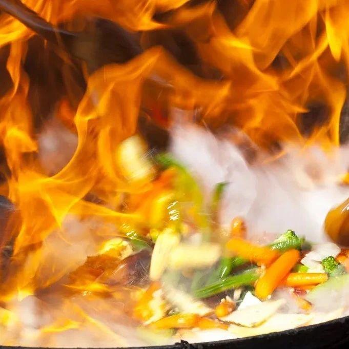 """这7种做菜习惯容易""""致癌""""!几乎每家都中招了...…辛集人要注意!"""