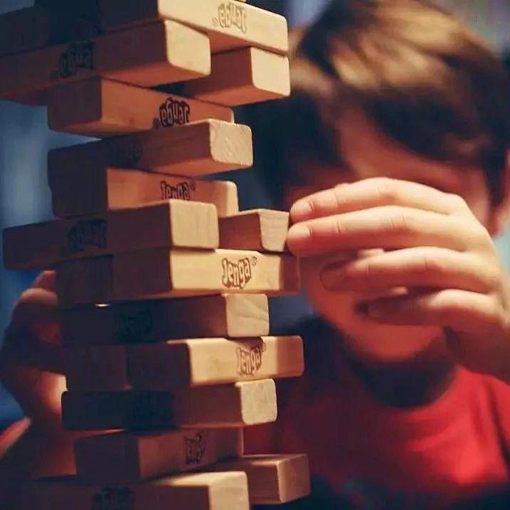 家长的教育焦虑,大半源于别人家妈妈的朋友圈