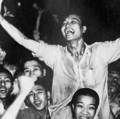 74年前的今天,日本�o�l件投降!