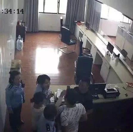 浠水一男子大闹科目一考场,被行政拘留10日