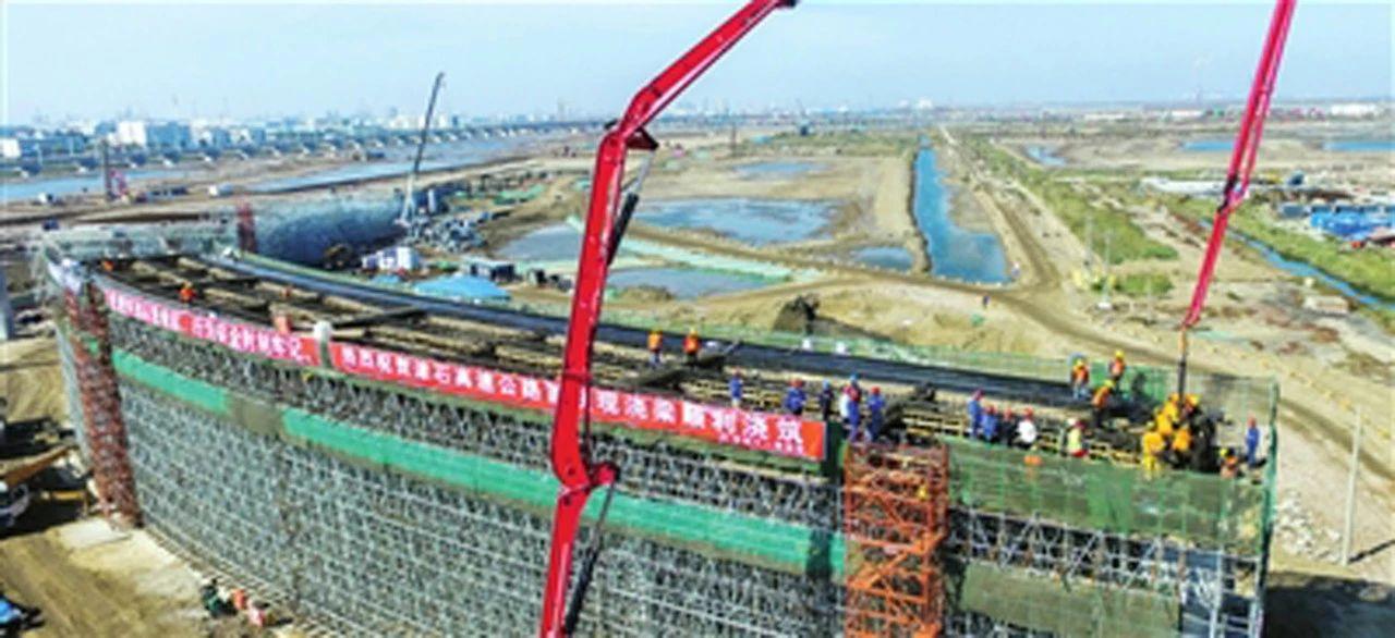津石高速公路上部施工全面展开