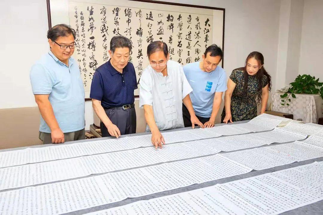 叹为观止!灌云宋和华完成手抄三百五十米长卷《镜花缘》